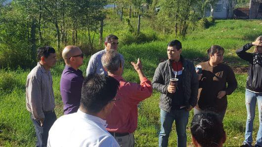 Concejales se reunieron con vecinos de la laguna Correa