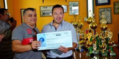 Entregan fondos a clubes de fútbol de la liga bellavistense
