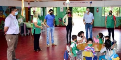 Autoridades en contacto con Centros de Desarrollo Infantil