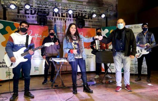 Programa virtual local recibió a ganadora del Teko Talento